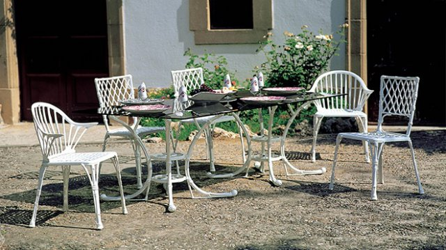 Amazing Spanish Garden Furniture Ideas Home Decorating Ideas