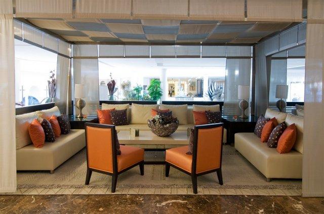 Muebles para lobby espa a mueble para recepci n for Muebles para hoteles