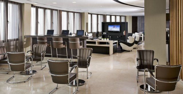 Muebles para lobby espa a mueble para recepci n for Accesorios para hoteles