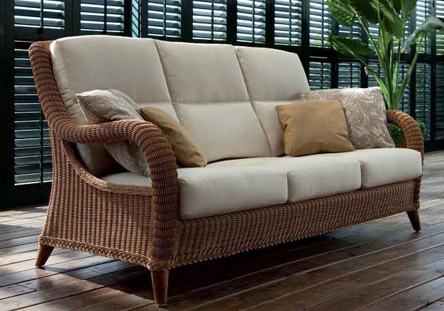 Point | Fábrica de muebles para jardín y exterior